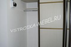 Встроенный шкаф-купе 24000 р. Размер 1120*650*2460(Ш*Г*В)